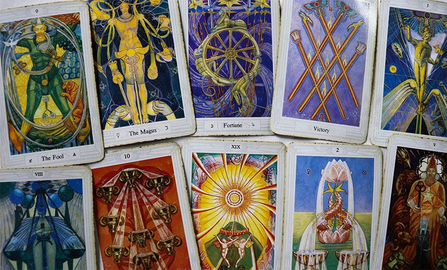 Tarot Kartenlegen in Berlin, spirituelle Lebensberatung, Klangmassagen, Räucher Rituale, Rückführungen in Berlin Prenzlauer Berg - pimp yourkarma